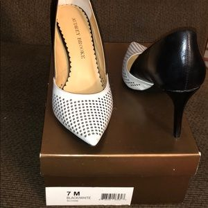 Audrey Brooke Sloane Black/White Heels
